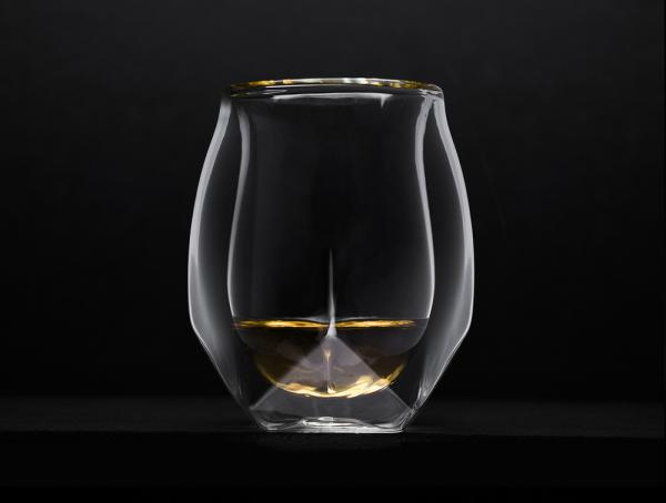 Norlan_Whisky_Glass_Front_Filled