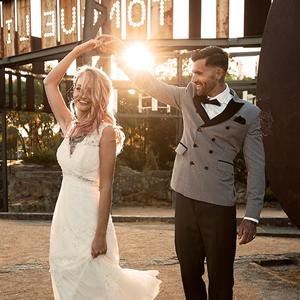 mens-wedding-suit-feature-luxury-weddings-2017-IndieBride
