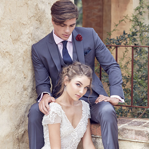 mens-wedding-suit-feature-luxury-weddings-2017-1to1cropped3