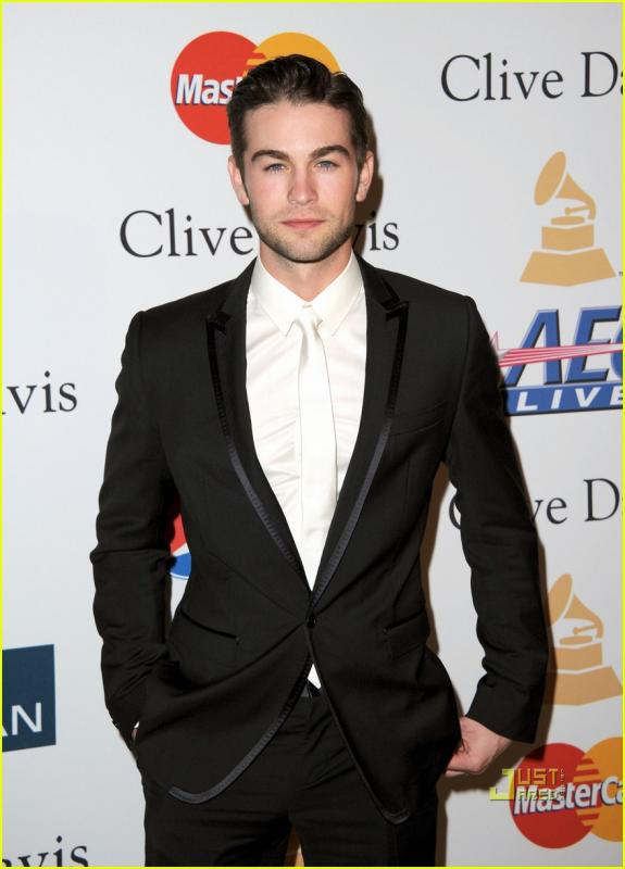 chace_crawford_look_5