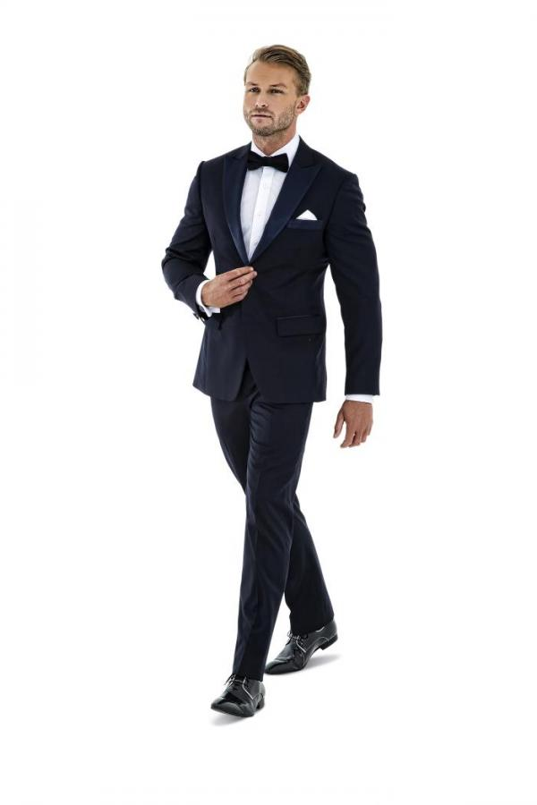 Tailored mens formalwear wedding attire montagio for Formal attire template